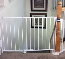 Regalo Top of Stairs Gate 1230DS (White)