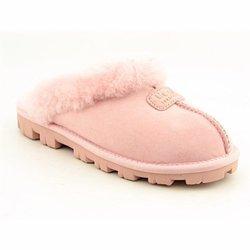 baby pink uggs women