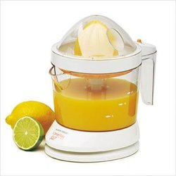 Black & Decker 34-Ounce Citrus Juicer - White