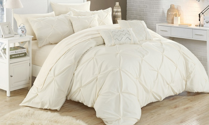 sets hart comforter shop prod set htm pleated boscov s kids laura
