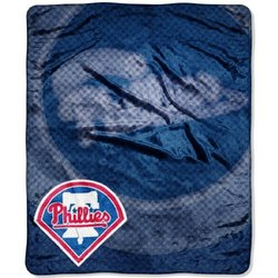 MLB Philadelphia Phillies Raschel Plush Throw Blanket, Retro Design