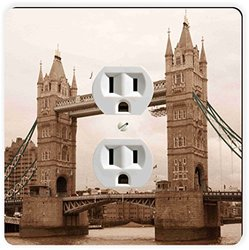 Rikki Knight London Bridge Vintage Single Outlet Plate