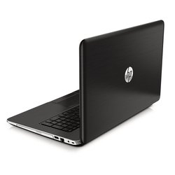 "HP Pavilion 17.3"" Laptop 2GHz 6GB 750GB Windows 8.1 (17-F037Cl)"