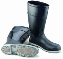 """ONGUARD 89680 Polyblend Men's Plain Toe Goliath KneeBoots with Power-Lug Outsole, 16"""" Height, Size 5"""