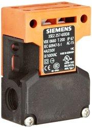 Siemens Interlock Switch - M16 x 1.5 Connecting Thread (3SE2 257-6XX38)