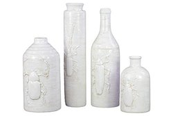 Pc Vase with Insect Relief Set in White 4