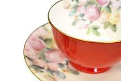 Auratic CP 4-pc 70306A-R Cup and Saucer Set - Red