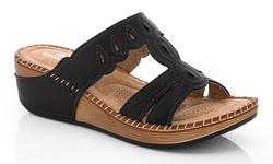 Lady Godiva Women's 2402-76 Comfort Wedge Sandals - Black - Size: 7