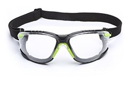 3M Solus 1000 Series Protective Eyewear Kit with Foam, Strap, Clear Scotchgard Anti-fog Coating, One Size Fits Most, Green/Black