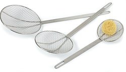 "Carlisle Chrome Plated Nickel Steel Bowl Mesh Skimmer 8""x 22"" (Case of 12)"