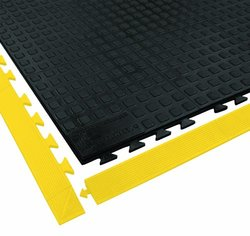 3 ft. Interlocking Antifatigue Mat Wearwell 502 black