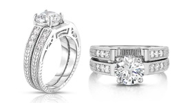 2 Piece Bridal Ring and Band Set in 18k White Gold - Size: 6