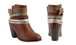 Concourse Cognac Ankle Booties: 9
