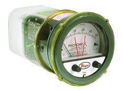 "Dwyer Range 1-0-1""WC Photohelic Series A3000 Pressure Switch/Gauge"