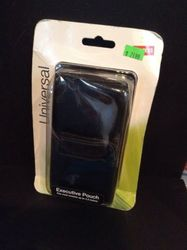 """Staples Universal Executive Pouch for Phones with Screens Up to 4.5"""""""