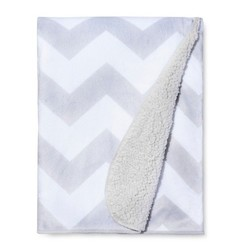 Valboa Baby Blanket - Gray Chevron - Circo