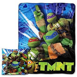 "Nickelodeon's Teenage Mutant Ninja Turtles ""Turtle Fever"" Pillow&Throw Set"