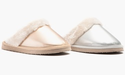 Olive Street Women's Holiday Slipper: Silver/7-8