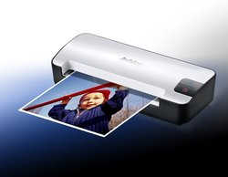 Avision Portable Scanner - Scan to SD or USB Drive