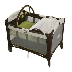 Graco Pack 'n Play Playard with Reversible Napper and Changer - Green
