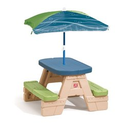 Step 2 Sit & Play Children's Picnic Table with Umbrella - 841800