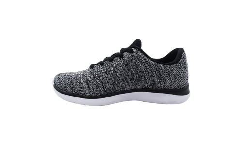 837ed45625158 ... C9 Champion Focus 3 Boys Performance Athletic Shoes - Black White - Size  4 ...