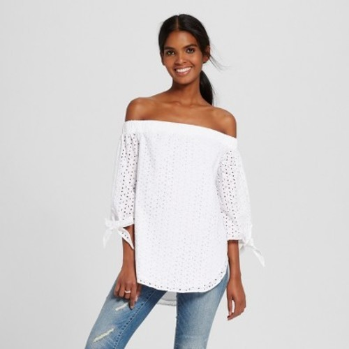 8cc6a36a2ece0c Women s Off the Shoulder Woven Top - Mossimo White M - Check Back Soon -  BLINQ