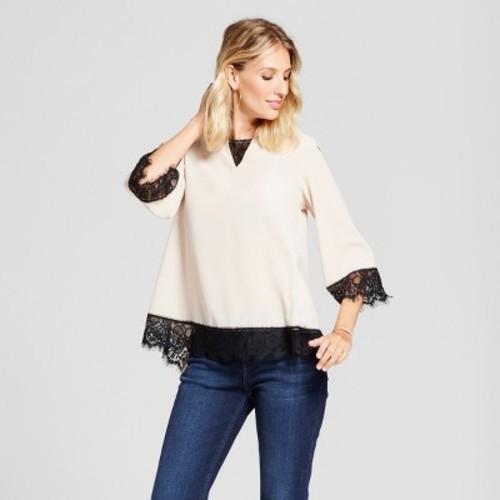 22bf3486 Women's Contrast Chiffon Blouse with Lace Trim - U-Knit - Pearl/Black L