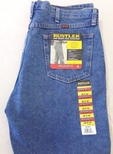 14d14f39 Wrangler Rustler Men's Regular Fit Straight-Leg Jeans - Blue - Size ...
