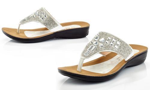 5afac9fad459 Rasolli Womens Thong Sandal with Rhinestones - Silver - Size  7 ...