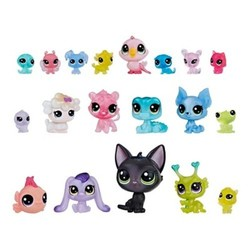 Hasbro Littlest Pet Shop Toy Doll Figure