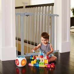 Munchkin Easy Close Baby Safety Gate Silver Check Back