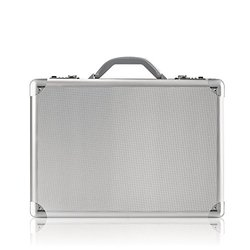 Solo Classic Collection 17-Inch Laptop Attache, Titanium Color (AC100)